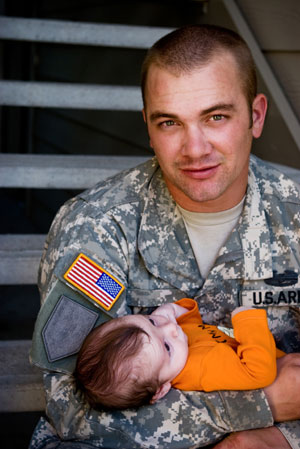 Soldier and baby - VA Approved Lenders